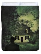 Man In Front Of Cottage Duvet Cover by Jill Battaglia