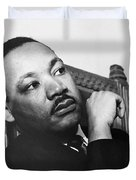 Martin Luther King, Jr Duvet Cover by Photo Researchers