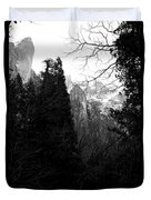 Mountains Of Yosemite . 7d6214 . Black And White Duvet Cover by Wingsdomain Art and Photography