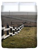 Old Fence And Landscape Along Sir Francis Drake Boulevard At Point Reyes California . 7D9897 Duvet Cover by Wingsdomain Art and Photography