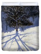 Tree and two tobogganers Duvet Cover by Andrew Macara