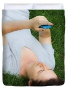 Woman Using Her Iphone Duvet Cover by Photo Researchers, Inc.