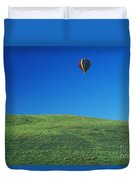 Hot Air Balloon In Hawaii Duvet Cover by Peter French - Printscapes