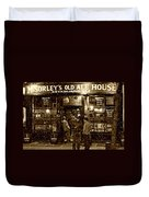 Mcsorley's Old Ale House Duvet Cover by Randy Aveille