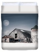 Old Barn And Winter Moon - Snowy Rustic Landscape Duvet Cover by Gary Heller