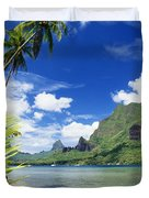 Tahiti, Moorea Duvet Cover by Joe Carini - Printscapes