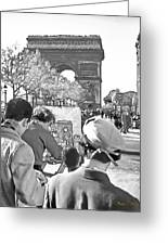 Arc De Triomphe Painter - B W Greeting Card by Chuck Staley
