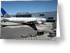 United Airlines Jet Airplane At San Francisco Sfo International Airport - 5d17114 Greeting Card by Wingsdomain Art and Photography