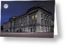Buckingham Palace Greeting Card by Jaroslaw Grudzinski
