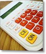 Calculator Metal Print by Les Cunliffe