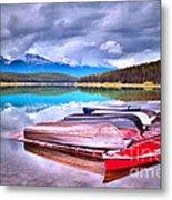 Canoes At Lake Patricia Metal Print by Tara Turner