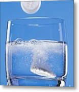 Effervescent Tablets In Water Metal Print by Martyn F. Chillmaid