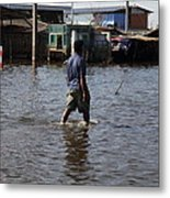 Flooding Of The Streets Of Bangkok Thailand - 01136 Metal Print by DC Photographer