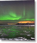 Ice And Auroras Metal Print by Frank Olsen