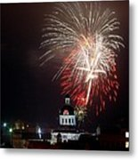 Kingston New Years Eve Fireworks Metal Print by Paul Wash