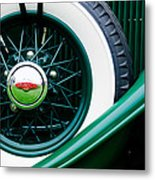 Lincoln Spare Tire Emblem Metal Print by Jill Reger