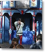 Maryland Renaissance Festival - A Fool Named O - 12124 Metal Print by DC Photographer
