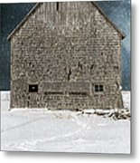 Old Barn In A Snow Storm Metal Print by Edward Fielding