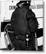 Psni Officer With Riot Gear On Crumlin Road At Ardoyne Shops Belfast 12th July Metal Print by Joe Fox