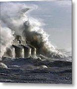Sea Spray Metal Print by Barry Goble