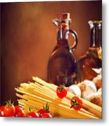 Spaghetti Pasta With Tomatoes And Garlic Metal Print by Amanda And Christopher Elwell