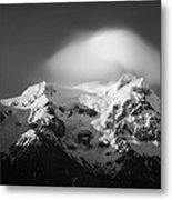 Svinafell Mountains Metal Print by Dave Bowman