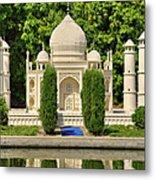 Taj Mahal Metal Print by Ricky Barnard