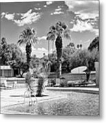 The Sandpiper Pool Bw Palm Desert Metal Print by William Dey