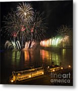 Thunder Over Louisville - D008432 Metal Print by Daniel Dempster