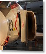Udvar-hazy Center - Smithsonian National Air And Space Museum Annex - 121232 Metal Print by DC Photographer
