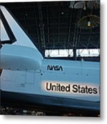 Udvar-hazy Center - Smithsonian National Air And Space Museum Annex - 121276 Metal Print by DC Photographer