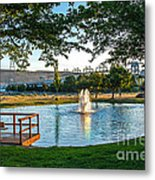 Umatilla Fountain Pond Metal Print by Robert Bales