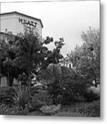 Vineyard Creek Hyatt Hotel Santa Rosa California 5d25795 Bw Metal Print by Wingsdomain Art and Photography
