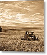 Vintage Days Gone By Metal Print by Steve McKinzie