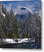 Winter In The Valley Metal Print by Bill Gallagher