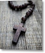 Wooden Rosary Metal Print by Aged Pixel