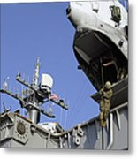A Soldier Fast-ropes From The Rear Metal Print by Stocktrek Images