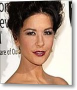 Catherine Zeta-jones At Arrivals Metal Print by Everett