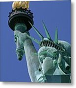Statue Of Liberty Metal Print by Ron Watts