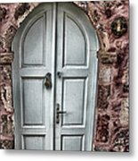 Door In Santorini Metal Print by Tom Prendergast