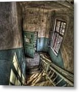 Going Down  Metal Print by Nathan Wright