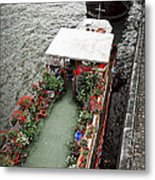 Houseboats In Paris Metal Print by Elena Elisseeva