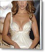 Jennifer Lopez Wearing A Roberto Metal Print by Everett