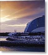 Jumeirah Beach Hotel At Sunrise Metal Print by Jeremy Woodhouse