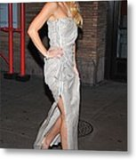 Kate Hudson Wearing Lanvin Gown Metal Print by Everett