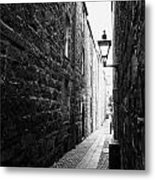 Martins Lane Narrow Entrance To Tenement Buildings In Old Aberdeen Scotland Uk Metal Print by Joe Fox