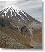 Ngauruhoe Cone And Upper Tama Lake Metal Print by Richard Roscoe