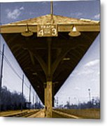 Old Railway Platform Metal Print by Gordon Wood
