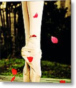 On Point Metal Print by Heather Arsement
