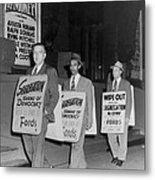Pickets Protest In Front Of Baltimores Metal Print by Everett